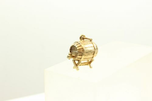 9ct Gold Charm- Beer Barrel