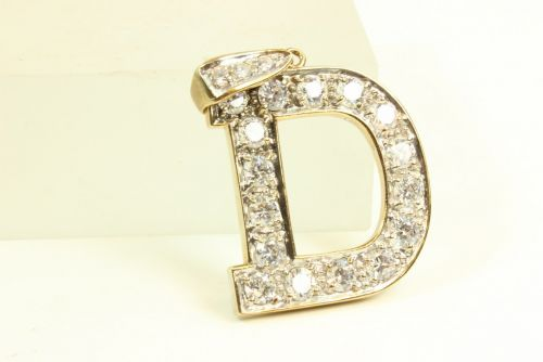 9ct Gold Initial D.