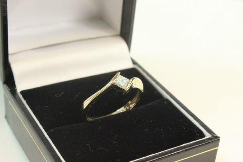 Princess Cut Diamond Solitaire Ring.