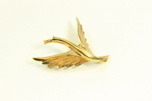 9ct Gold Solid Brooch- Swan in Flight