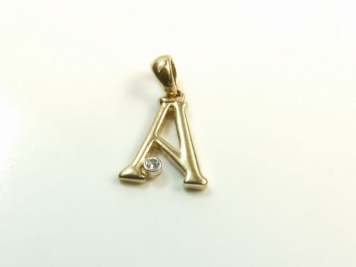 9ct Gold Stone Set Initial A Pendant