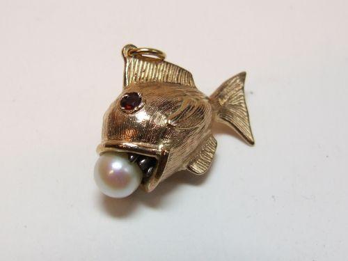 9ct Gold Heavy Charm-Fish