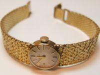 9ct Gold Ladies Bulova Bracelet Watch