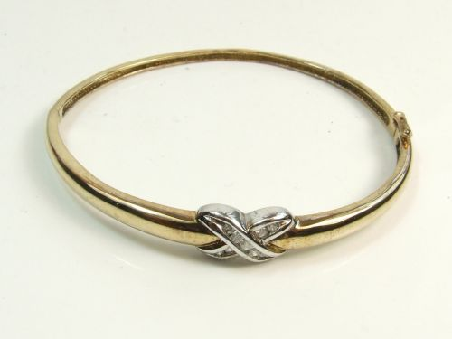 9ct Gold Diamond Set Knot Style Hinged Bangle