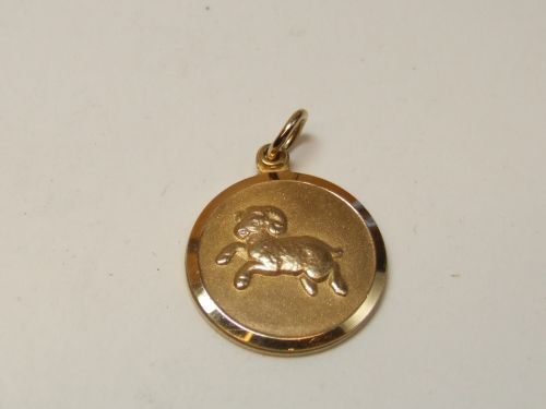 9ct Gold Zodiac Pendant-Aries
