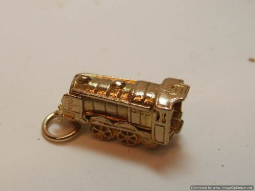 9ct Gold Solid 2 Part Charm- Steam Engine
